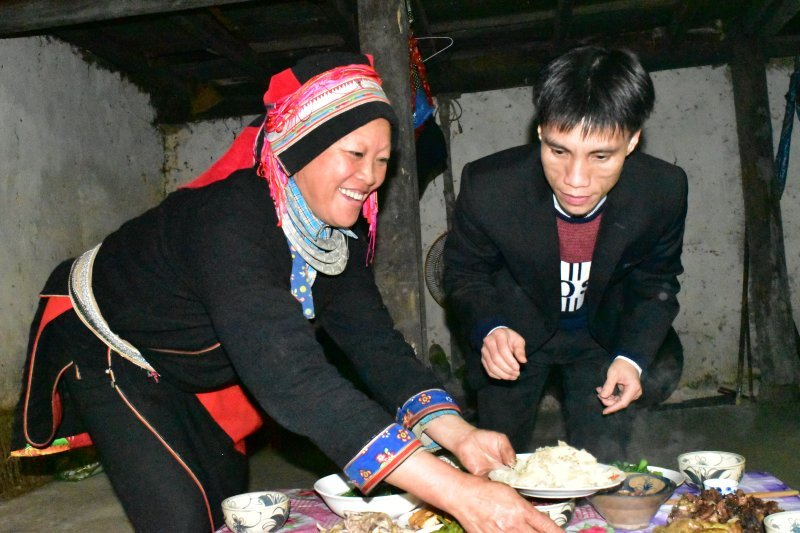delicious dinner at Nam Dam Homestay in Ha Giang