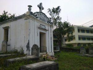 Chapel_Y_Pha_Nho_cemetery
