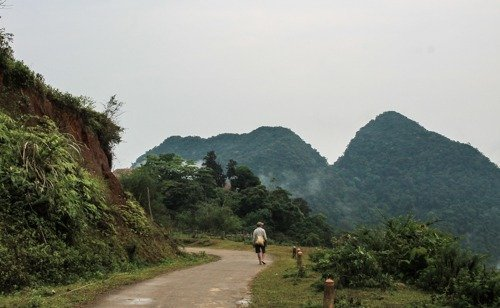 a local farmer in Pu Luong Nature Reserve