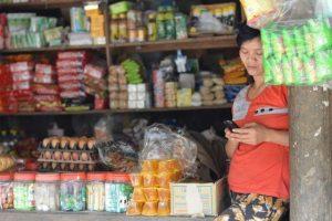 shop girl in pu luong