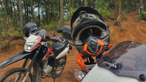Honda XRs parked up at the enduro trail in Soc Son