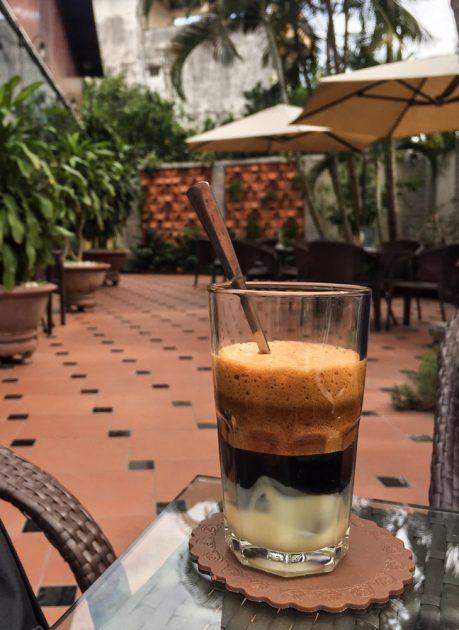 ca phe sua da, Vietnamese iced milk coffee