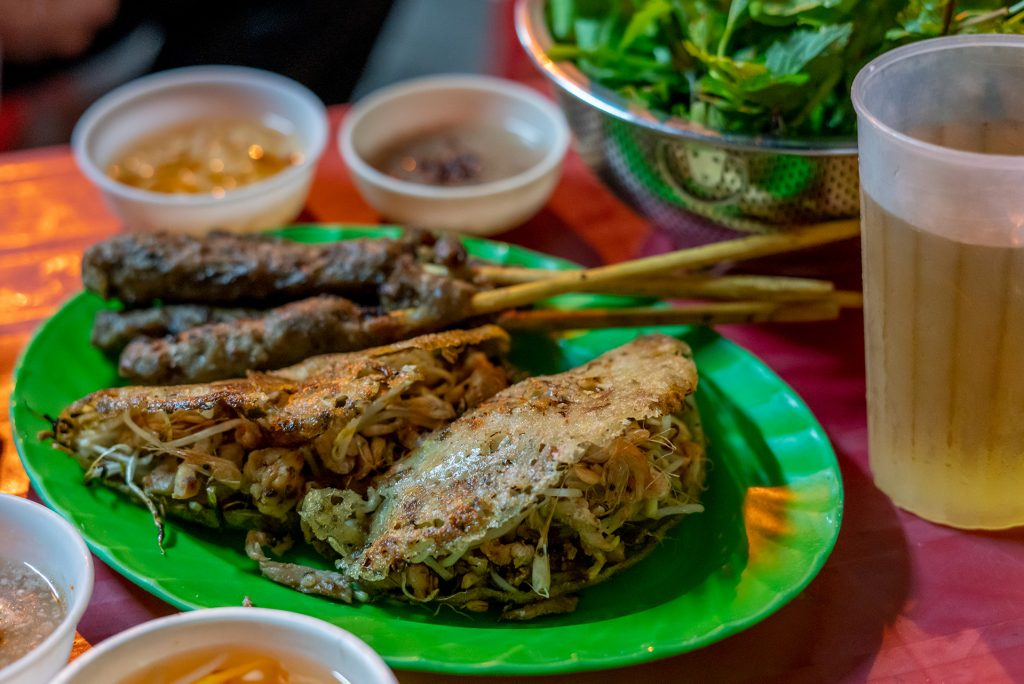 banh xeo on Doi Can Street, Ba Dinh District