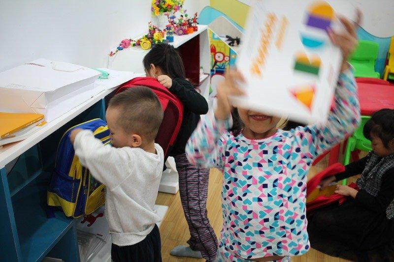 Students in Ellie's kindergarten classroom