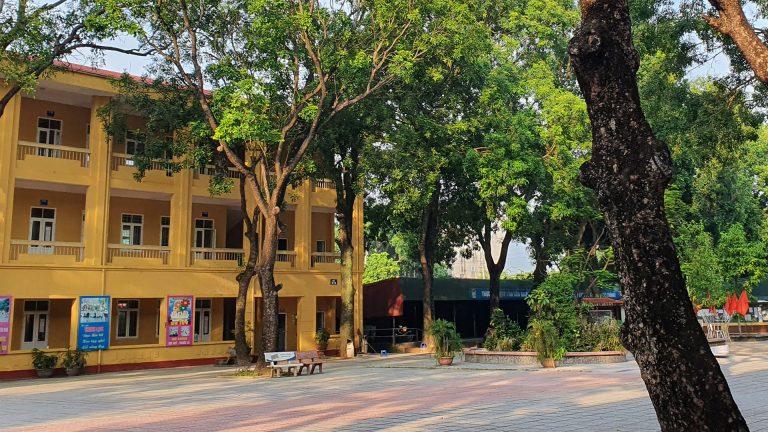 a typical Vietnamese high school